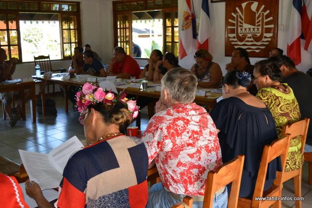 Le tāvana et ses adjoints commenceront donc à percevoir leurs nouvelles compensations financières dès la fin du mois d'août.