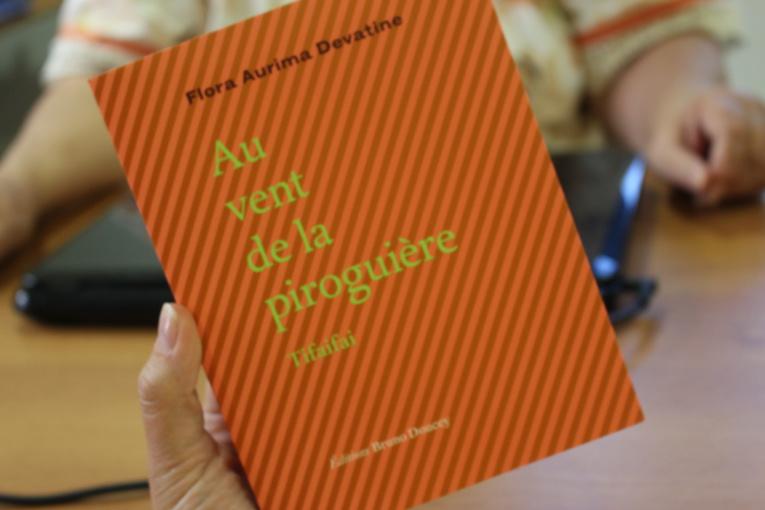 Flora Devatine, ses poèmes honorés  à l'Académie française