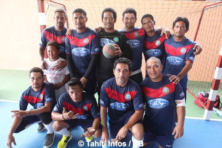 L'équipe de handball de Tatakoto
