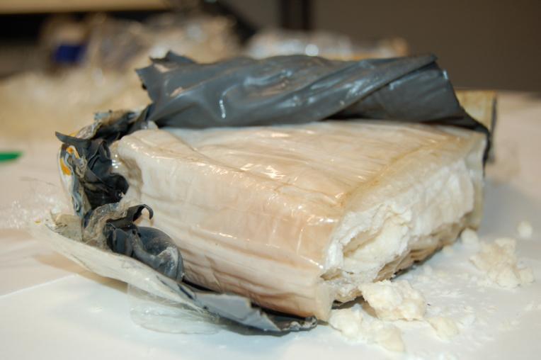 Le 27 juillet dernier, les gendarmes de Nouméa saisissaient 1,4 tonne de cocaïne au large des Tonga.