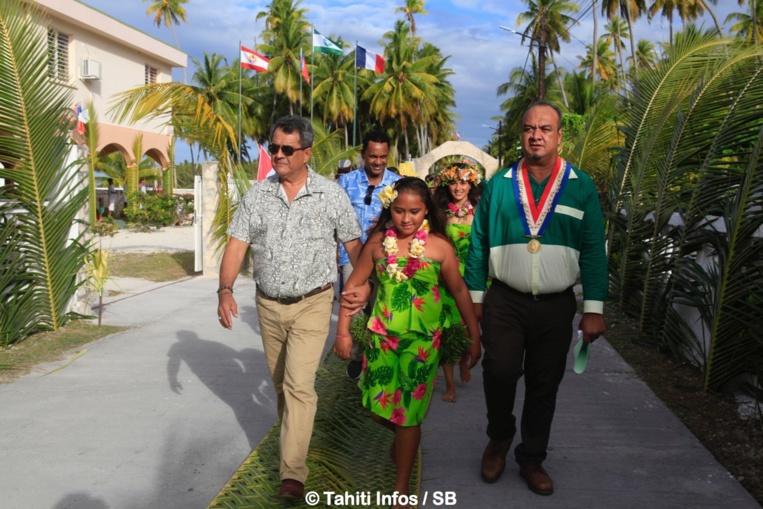 Lors de l'inauguration des Jeux des Tuamotu Est