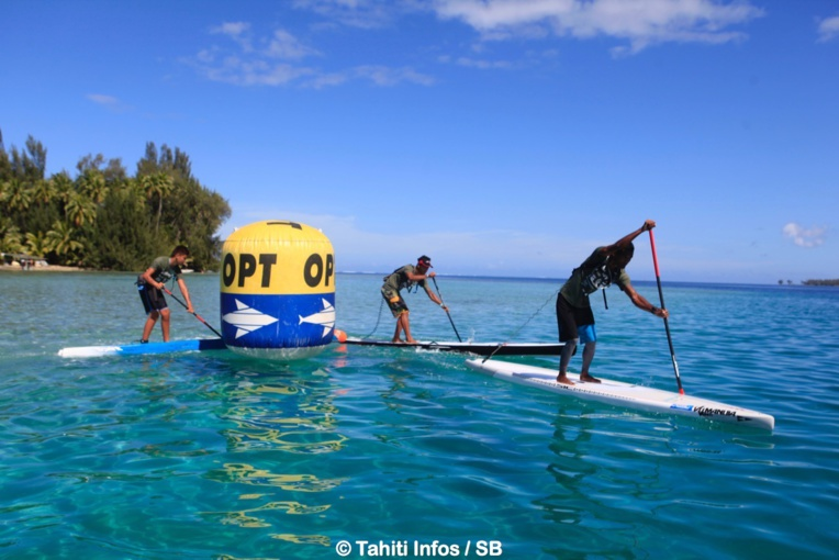 La course s'est déroulée sur le plan d'eau idyllique de Mataiea