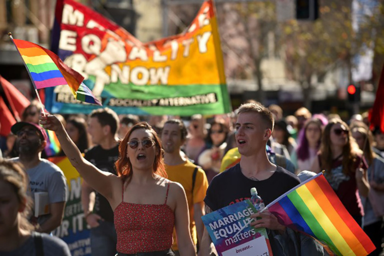 Australie: le Premier ministre veut un vote postal sur le mariage gay