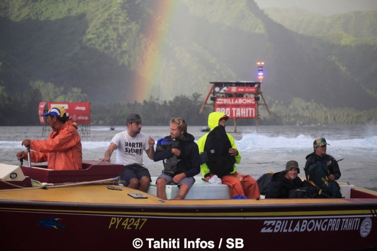 Surf Pro – Billabong Pro Tahiti2017 : Round 1 difficile pour les Tahitiens