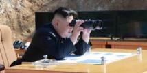 Corée du Nord: Kim briefé sur un plan pour tirer des missiles près de Guam