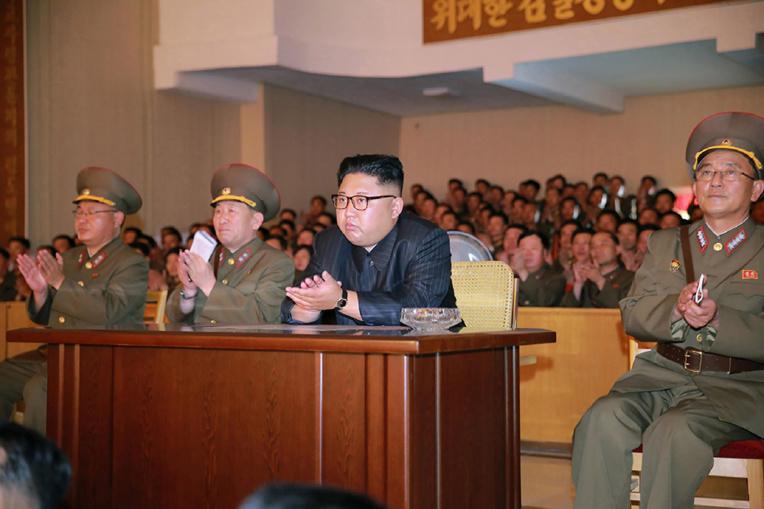 Kim Jong-Un met sur pause le projet de tirs vers Guam