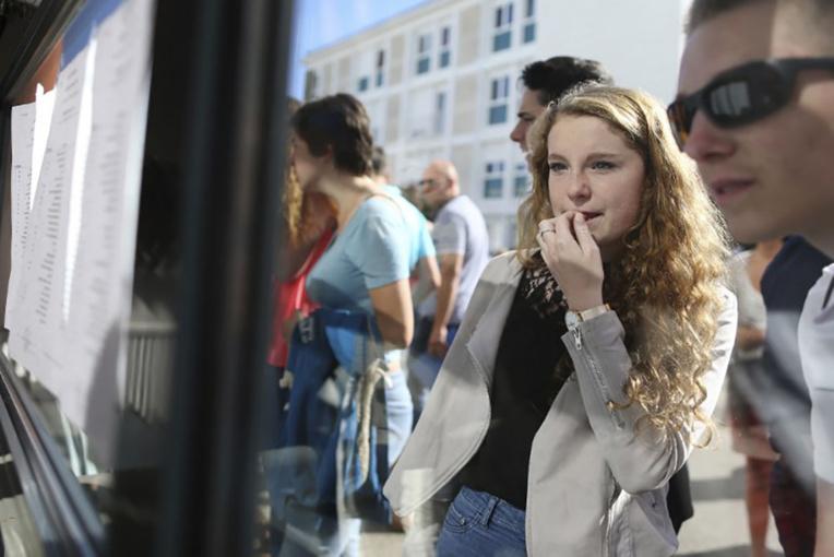 Plateforme APB: encore 6.000 étudiants sans affectation à l'université