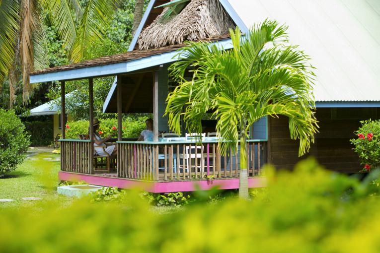 Un plan de formation pour les personnels des 304 hôtels et pensions de famille déclarés dans les 5 archipels vise à améliorer l'attractivité de cette catégorie d'hébergement. (Photo : Tahiti Tourisme).