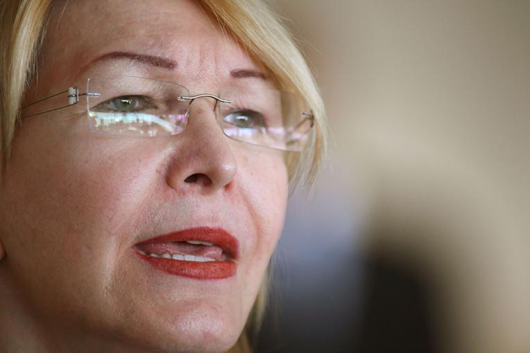 Venezuela: l'ex-procureure en fuite, accuse Maduro de corruption