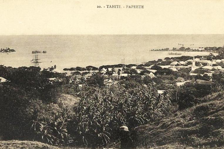 Vue de Papeete depuis le mont Faiere à Sainte Amélie, vers 1880. Photo Georges Spitz.
