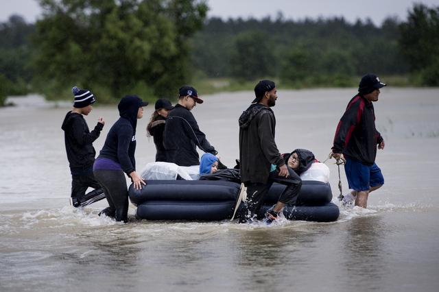 Page enfant : L'ouragan Harvey a noyé en partie l'État américain du Texas