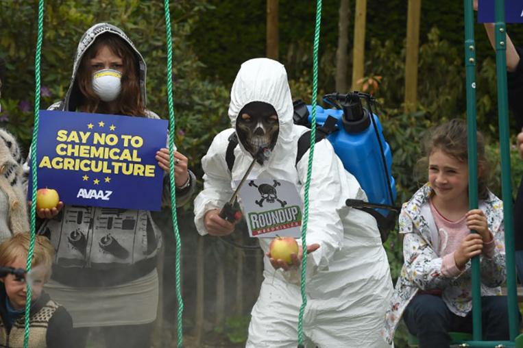 Glyphosate: Paris votera contre la renouvellement de la licence dans l'UE