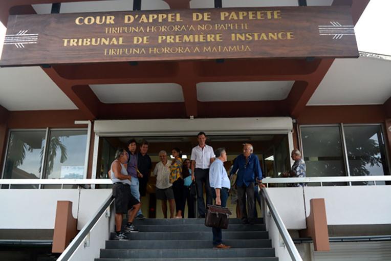 Polynésie : une dizaine de douaniers condamnés pour de petits arrangements à l'aéroport