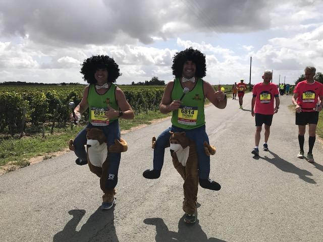 L'ultra marathonien Patrick Candé arrive 597ème au marathon du Médoc