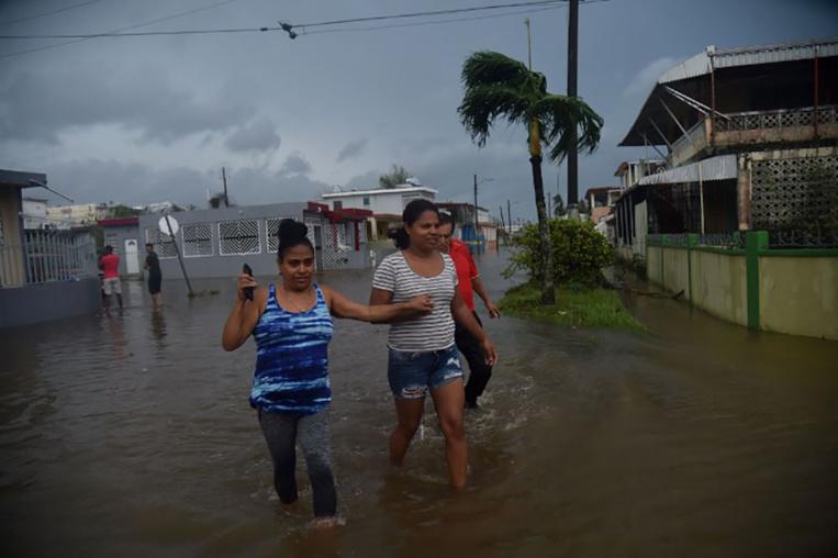 """Dévasté par Maria, Porto Rico se prépare à des inondations """"catastrophiques"""""""