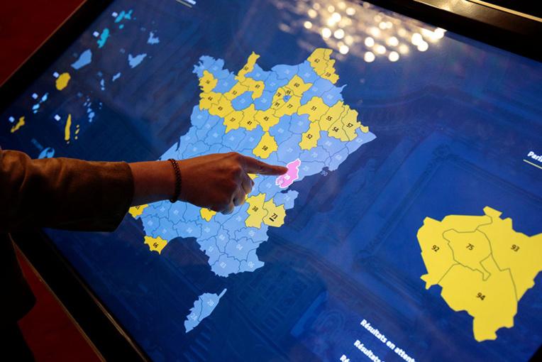 Sénatoriales: la droite renforcée, Macron et La République en marche tenus en échec
