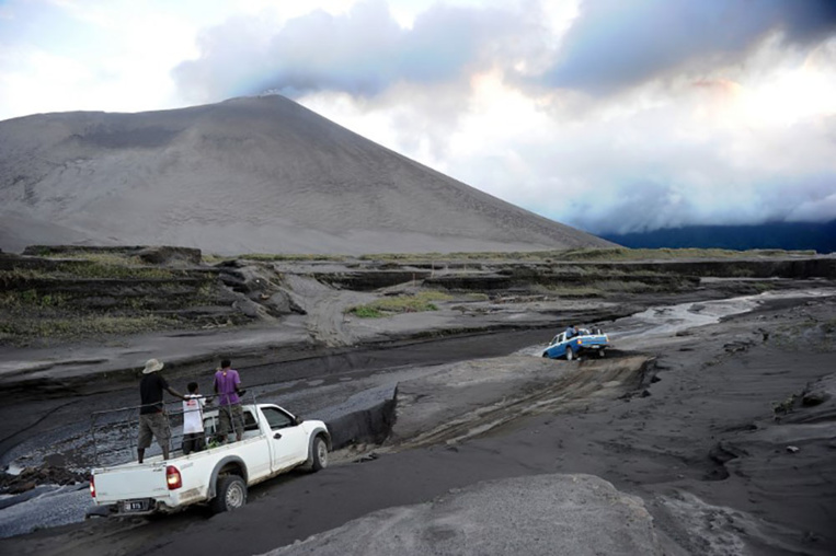 Vanuatu: un volcan en éruption, des milliers d'évacués