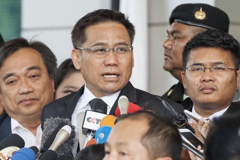 Thaïlande: l'ex-Première ministre condamnée à cinq ans de prison par contumace