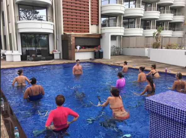 Réouverture de l'hôtel Tahiti Nui, les cours d'aquabike ont repris
