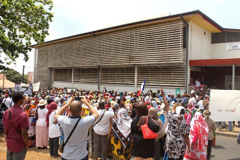 Hôpital: Buzyn défend la qualité des soins à Mayotte