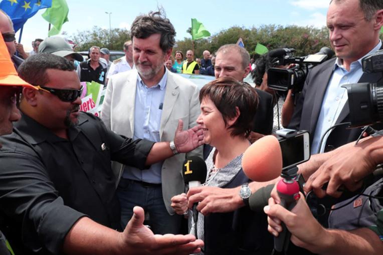La Réunion: la ministre des Outre-mer annonce une rallonge de 300 emplois aidés