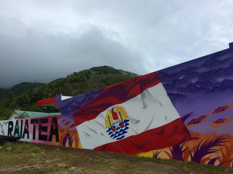 Hommage à La Polynésie française et à Raiatea par le graffeur danois Soten.