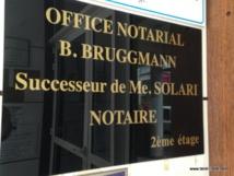 Deux études notariales perquisitionnées