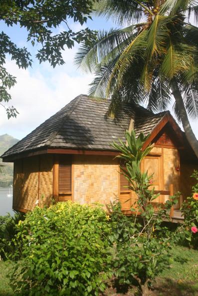 L'hôtel compte vingt bungalows qui n'ont pas pris une ride en dix-huit ans d'existence. Leur entretien méticuleux explique leur « éternelle jeunesse ».