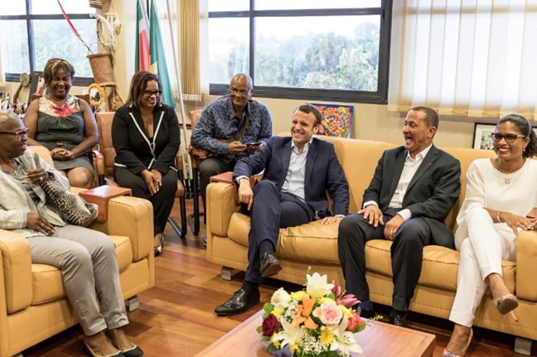 Macron au chevet de la Guyane, six mois après le mouvement social