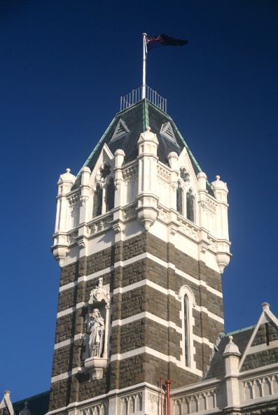 Dunedin, cité des clochers et clochetons. Tous les édifices anciens, ou presque, en sont pourvus.