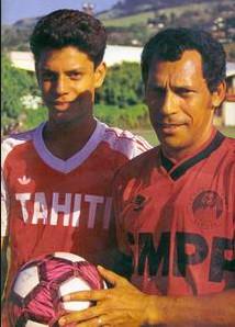 Errol Bennett avec son fils Naea