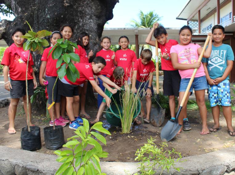500 élèves de l'école de To'ata ont participé à ces opérations éco citoyennes. Ils ont planté plusieurs arbres au sein de leur établissement scolaire.