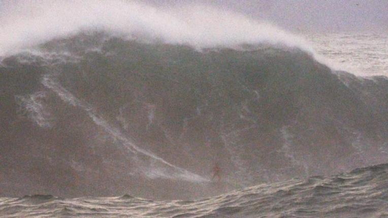 Peu d'images de Tika à Nazaré (screen shot)