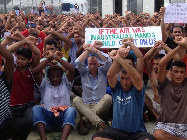 L'ONU appelle l'Australie à désamorcer la crise dans un camp de réfugiés en Papouasie-Nouvelle-Guinée