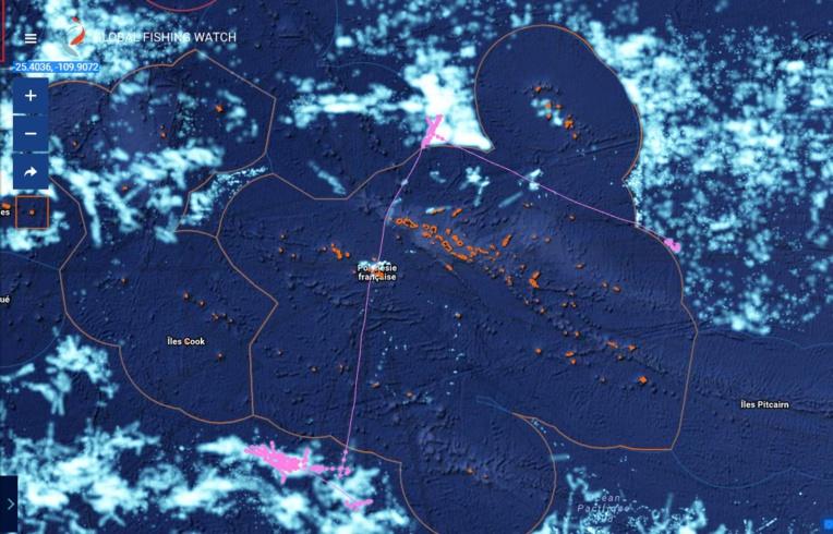 Globalfishingwatch.org permet de suivre chaque bateau individuellement, une ressource précieuse pour les forces de l'ordre. Ici un bateau chinois qui respecte bien notre ZEE...