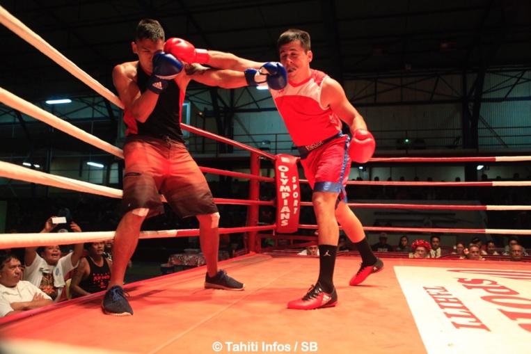 Beau combat remporté par Jonathan Figuri, en rouge