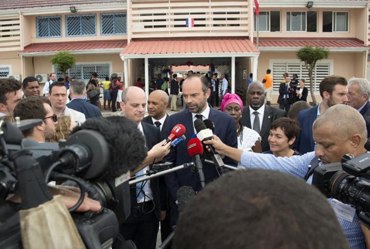 Le Premier ministre Edouard Philippe était venu le 6 novembre assister à la rentrée scolaire dans l'île.
