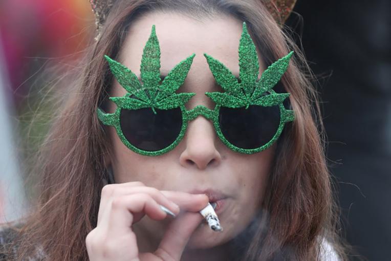 Au Canada, succès pour un calendrier de l'avent au cannabis