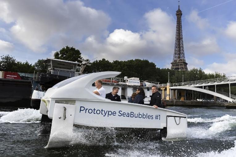 """Les Sea Bubbles (""""taxis volants"""") pourraient revenir à Paris l'an prochain"""