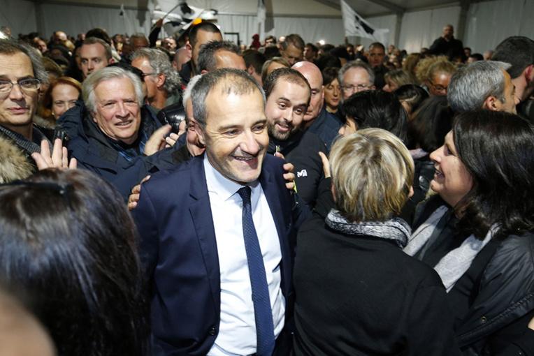 Après leur triomphe électoral, les nationalistes corses attendent Paris de pied ferme