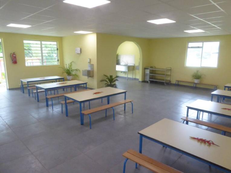 Rimatara : le réfectoire de l'école maternelle de Mutuaura inauguré
