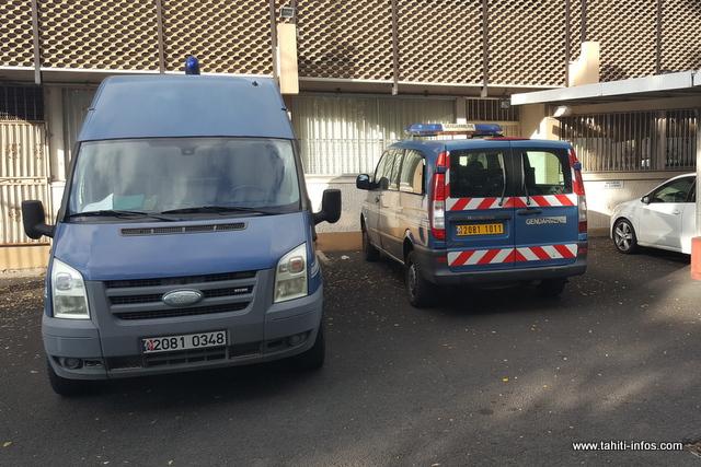Violences sur gendarmes: l'affaire est renvoyée, les prévenus maintenus en détention