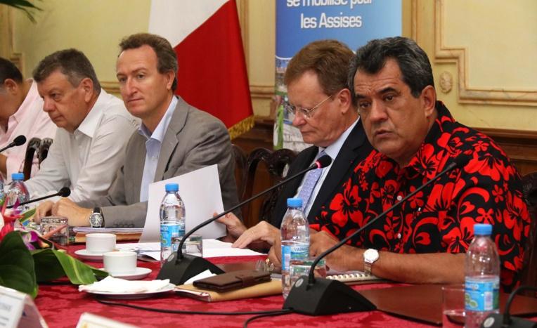Le Haut-Commissaire de la République, René Bidal, et le Président de la Polynésie française, Edouard Fritch, ont co-présidé vendredi les Assises des Outre-mer.