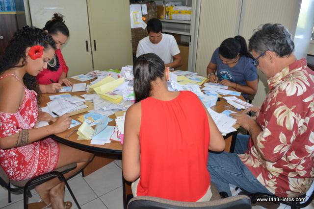 Les lettres au Père Noël sont transférées au 4ème étage de l'Hôtel des Postes à Papeete.