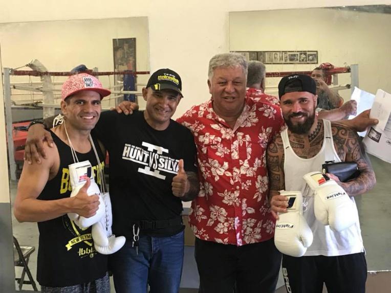 Pesée des boxeurs pour le combat professionnel de ce soir Tautu BRILLANT vs David AFONSO PEREIRA