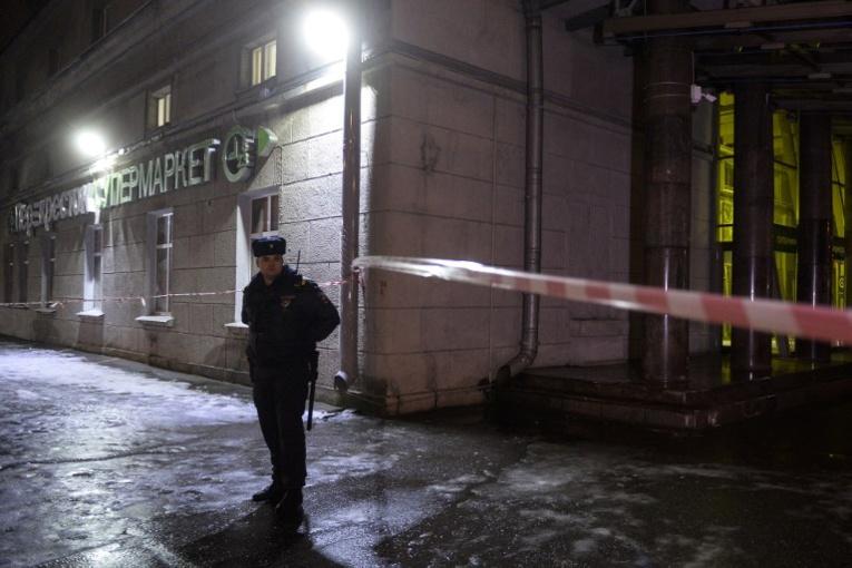 """Poutine qualifie d'""""acte terroriste"""" l'explosion de Saint-Pétersbourg"""