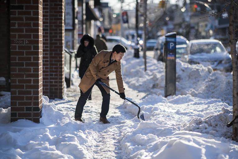 Le nord-est de l'Amérique continue de grelotter, mais le dégel est en vue