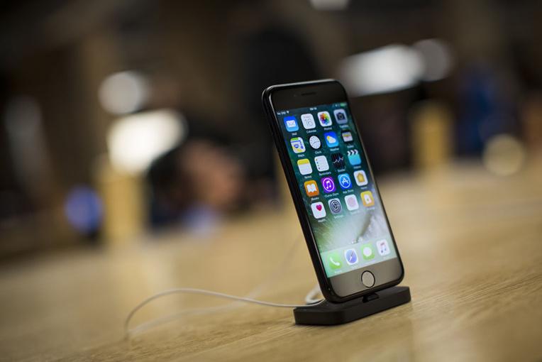 Batterie d'iPhone en surchauffe à Zurich: 8 blessés légers, un magasin Apple évacué