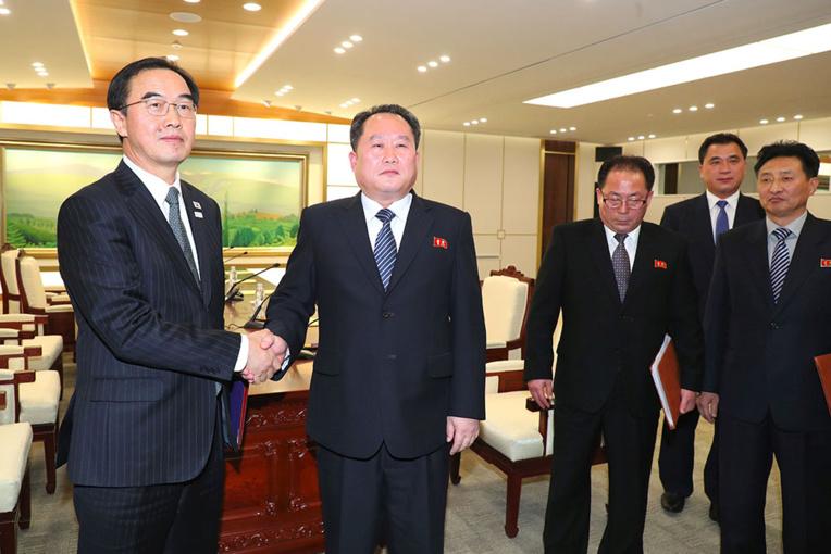 La Corée du Nord ira aux JO au Sud, des discussions militaires prévues