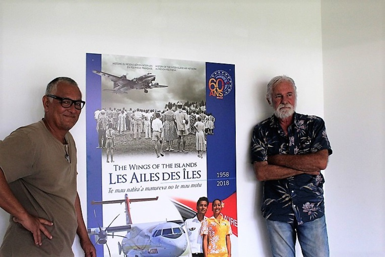 Le commissaire de l'exposition Jean-Christophe Shigetomi et son complice Jean-Louis Saquet.